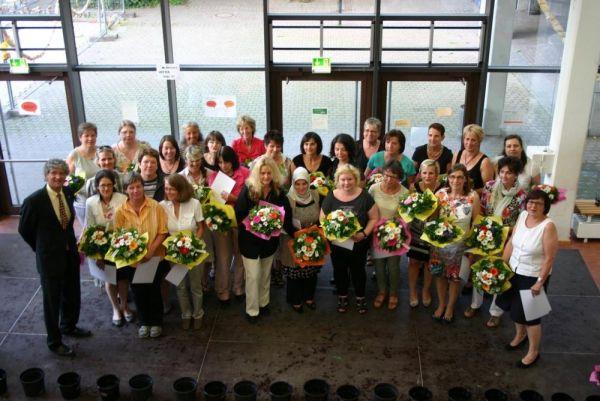 Die Cafemütter werden ehrenvoll verabschiedet auf der Verleihung des Abiturs.